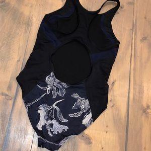 Athleta Swim - ATHLETA FIORE Lap one piece swimsuit